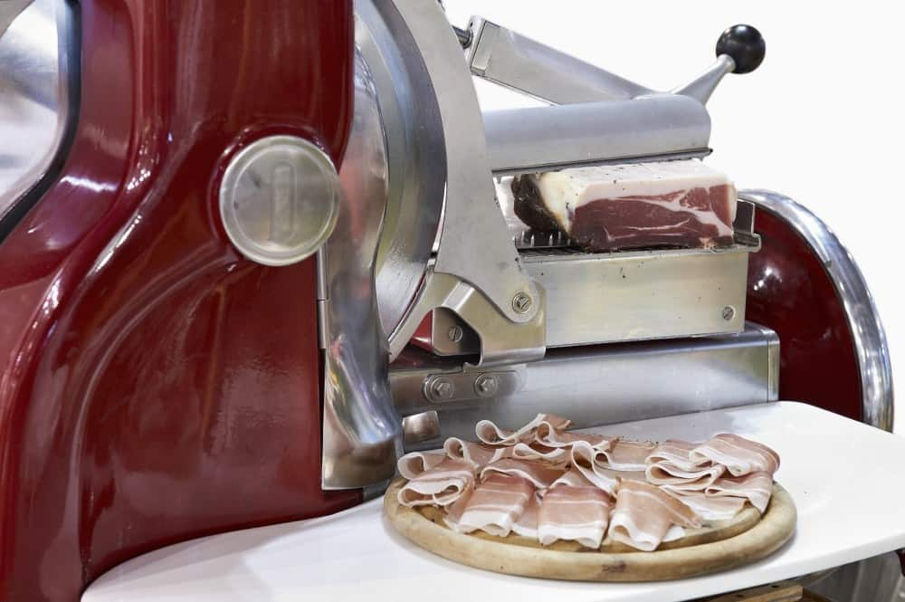 how-to-choose-a-meat-slicer