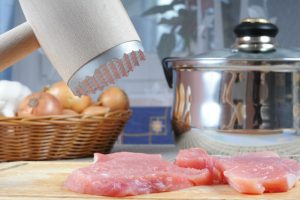 How to Use a Meat Mallet: A Beginner's Guide